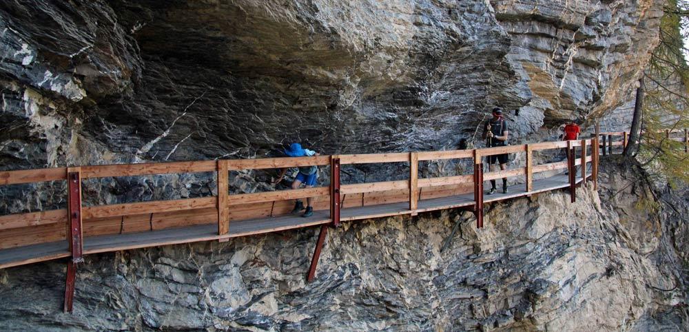 Photo of the Bisse du Ro hike, Crans-Montana, Valais, Switzerland