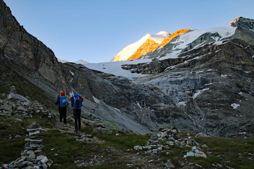 Photo of the Barrhorn hike on the Turtmanntal side in Valais/Wallis, Switzerland