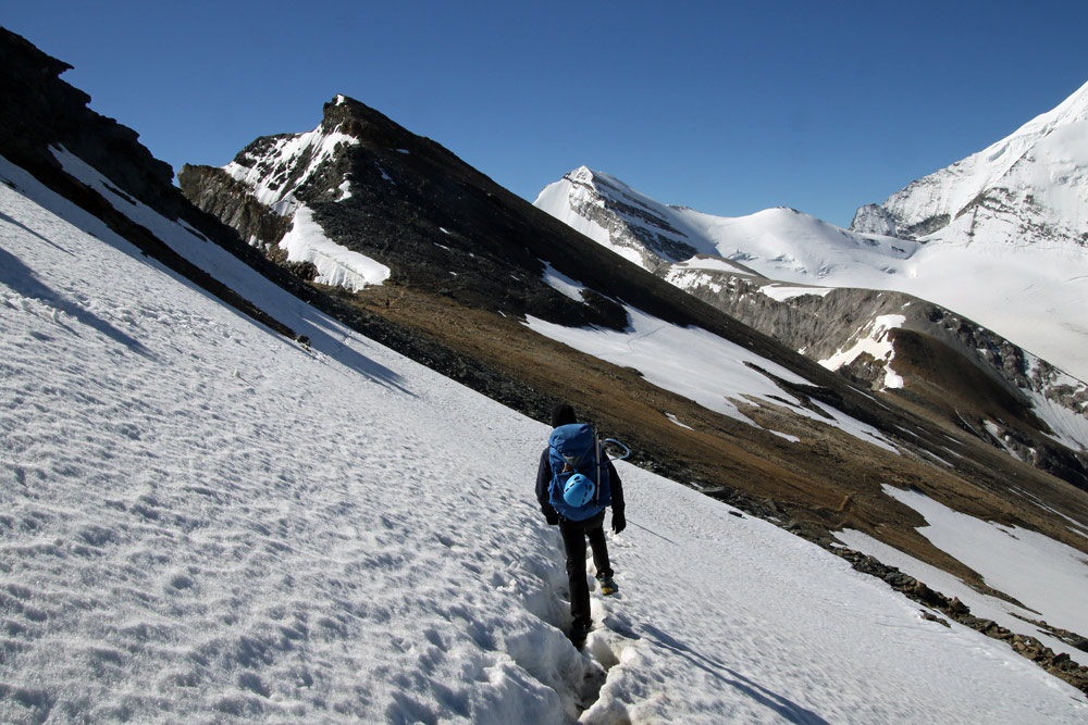 Photo of the Inneres Barrhorn hike trail on the Turtmanntal side in Valais/Wallis, Switzerland