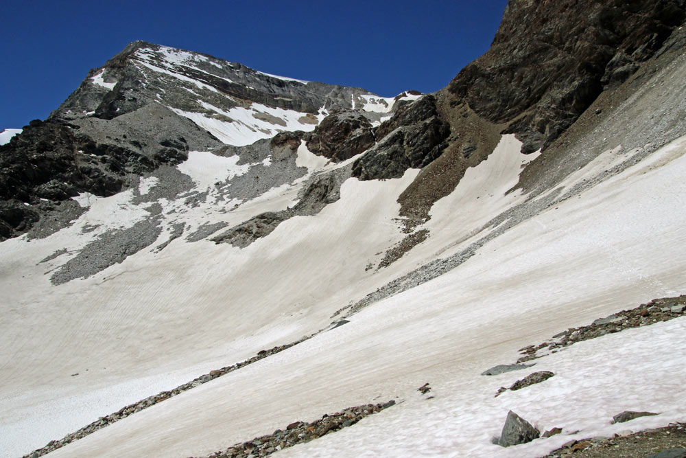 Photo of the Barrhorn hike trail from St Niklaus, Wallis, Switzerland