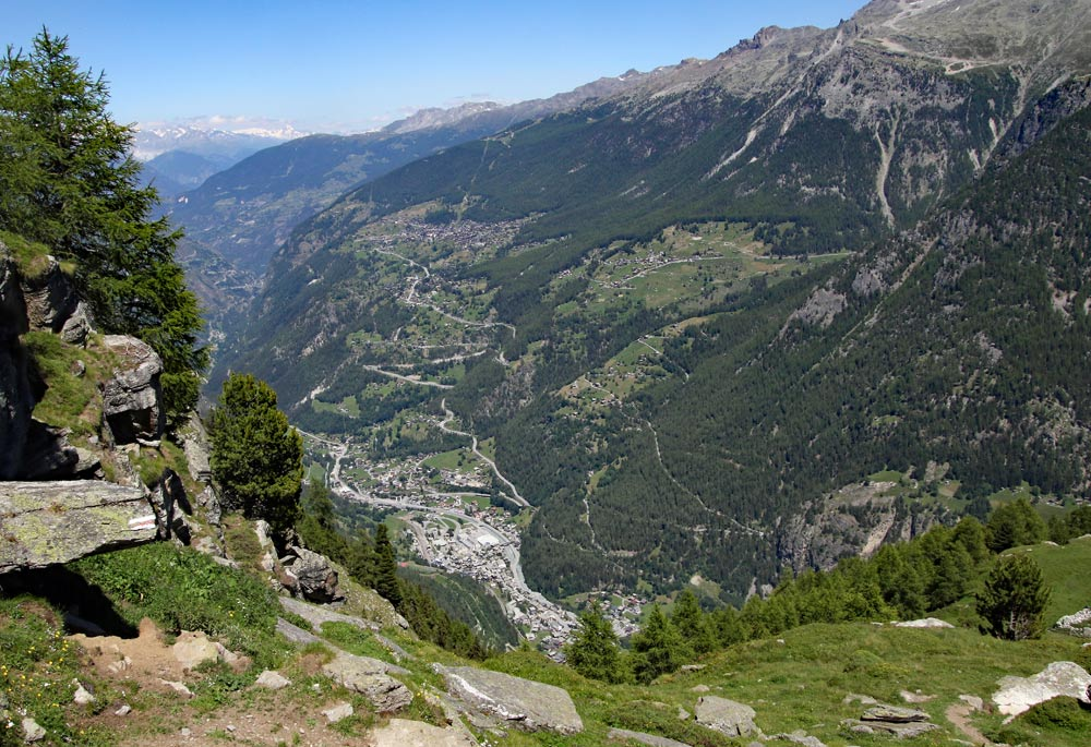 Photo of St Niklaus on the Barrhorn hike and Topalihütte trail from St Niklaus, Wallis/Valais, Switzerland