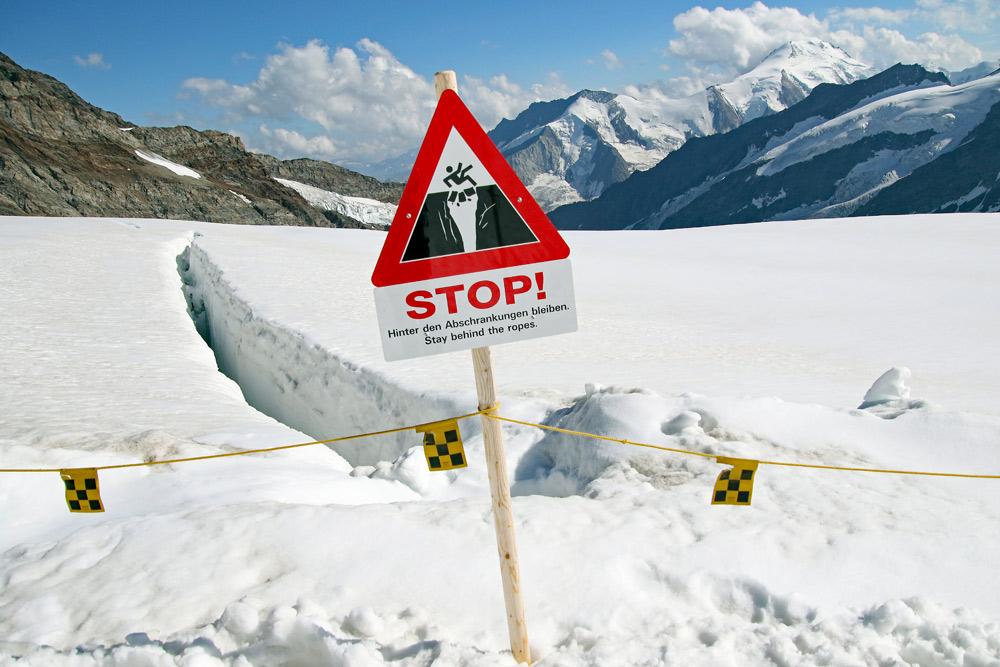 Photo of a crevasse near the Jungfraujoch to Mönchsjochhütte Aletsch glacier walk | Hiking in Switzerland