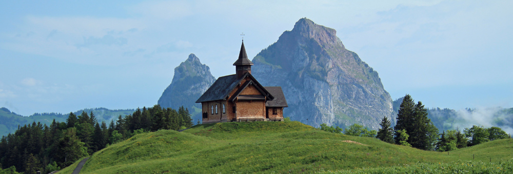 Photo of the Grosser Mythen and Kleiner Mythen from Stoos | Hiking in Switzerland